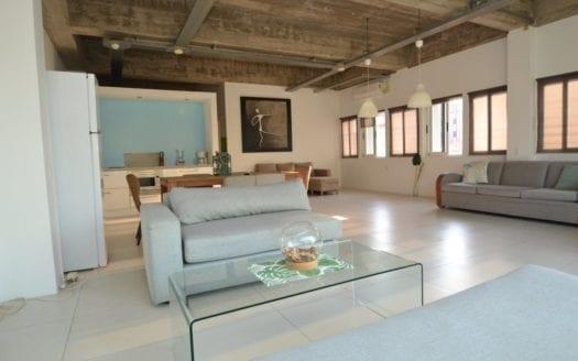 Pietermaai apartment for rent ANG 1950,-