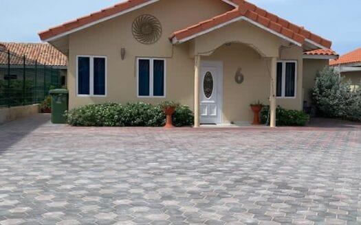 Family house for sale Tiffany resort